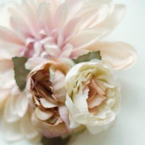 Blumen Brosche Dahlie